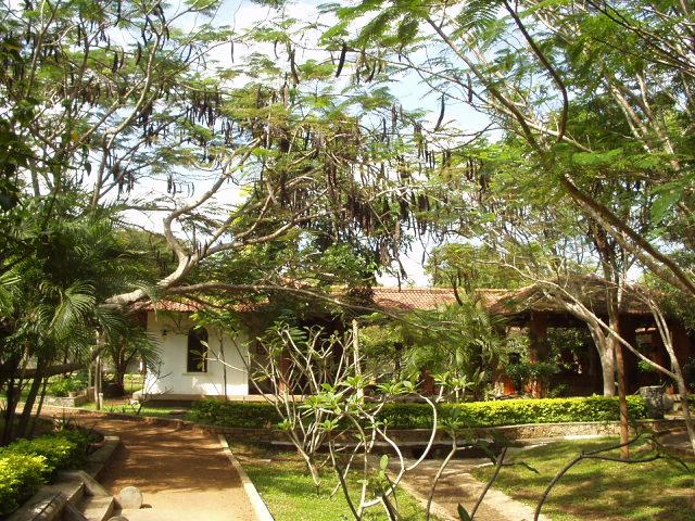 house sri lanka villages