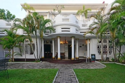 Porte cochere, Deco on 44, Galle, Sri Lanka