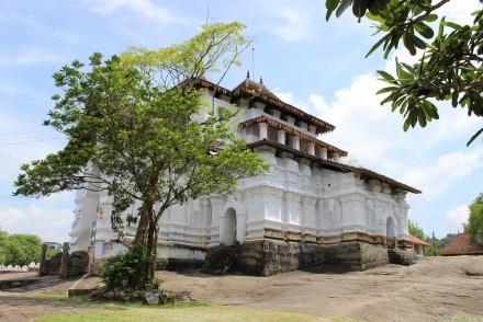 Lankathilaka Viharaya on the Three Temples Tour around Kandy, Sri Lanka