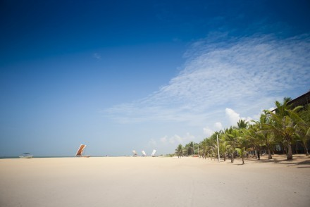 Negombo's long, wide strand of sandy beach is bordered by a variety of hotels, Sri Lanka