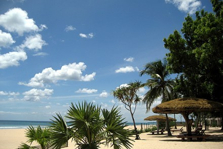 Sandy beach fronting Nilaveli Beach Hotel, Sri Lanka