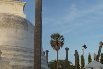 Thuparama Dagoba, Mahavihara, Anuradhapura, Sri Lanka