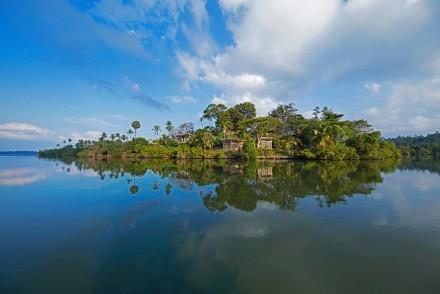 Tri from Koggala Lake, Sri Lanka