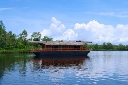 Yathra Houseboat by Jetwing, Bentota, Sri Lanka