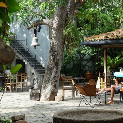 Outside terrace at Barefoot Cafe, Colombo