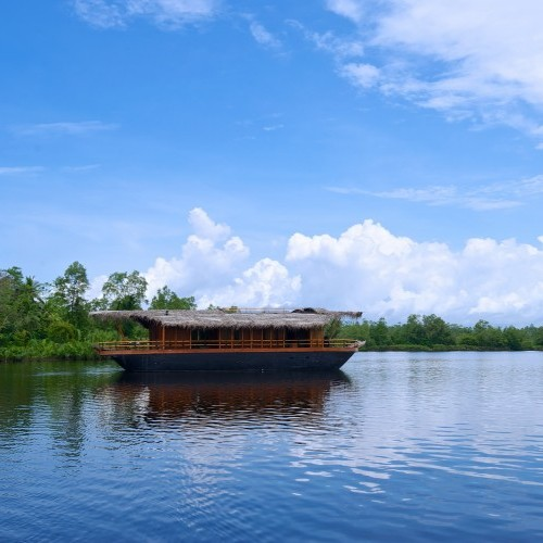 The houseboat of Yathra by Jetwing on the Bentota Ganga, Bentota, Sri Lanka
