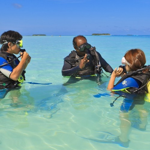 PADI training in Maldives