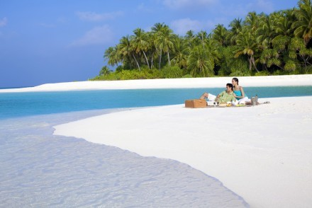 Castaway island picnic, Angsana Velavaru, Maldives